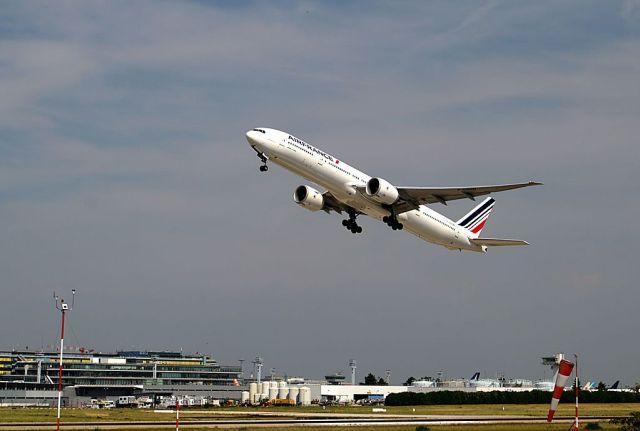 Irma : Air France met en place un vol supplémentaire entre la Guadeloupe et Orly jeudi
