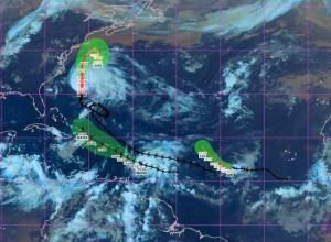 Ouragan Maria : l'aéroport de Guadeloupe ferme 24 heures