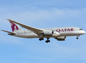 Boeing_787-8_Qatar_Airways