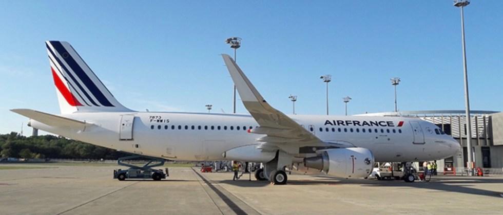 Airbus_A320_Air_France_44e