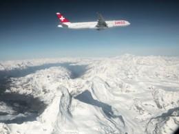 Boeing_777-300ER_SWISS