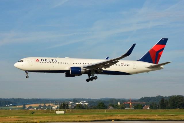 Boeing_767-300ER_Delta_Air_lines