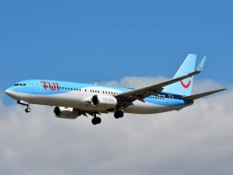 Boeing_737-800_TUI_fly