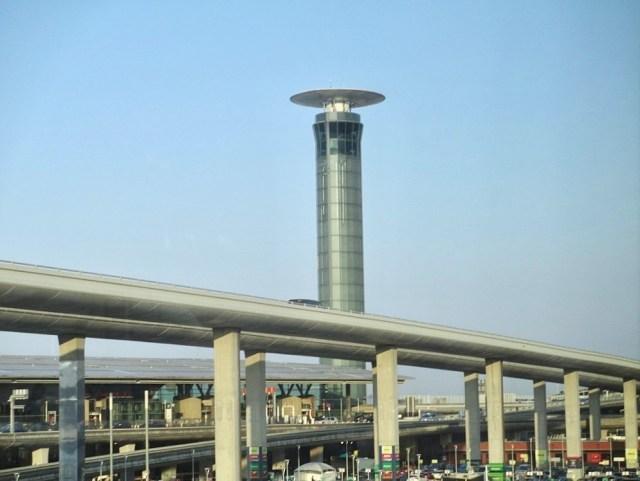 Tour_controle_aeroport_Paris-Charles-de-Gaulle