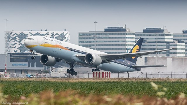 Jet_Airways_777W_leaving_Amsterdam_for_Toronto_(35791089121)