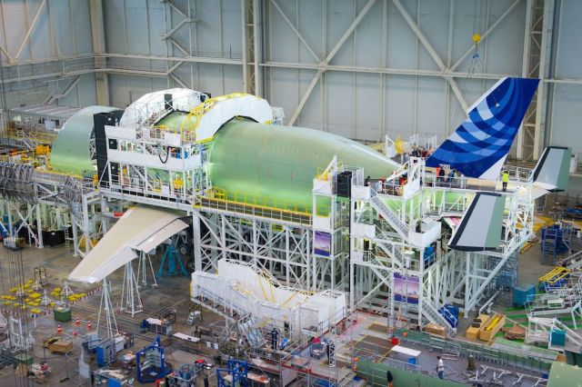 BelugaXL-VTP-fitting