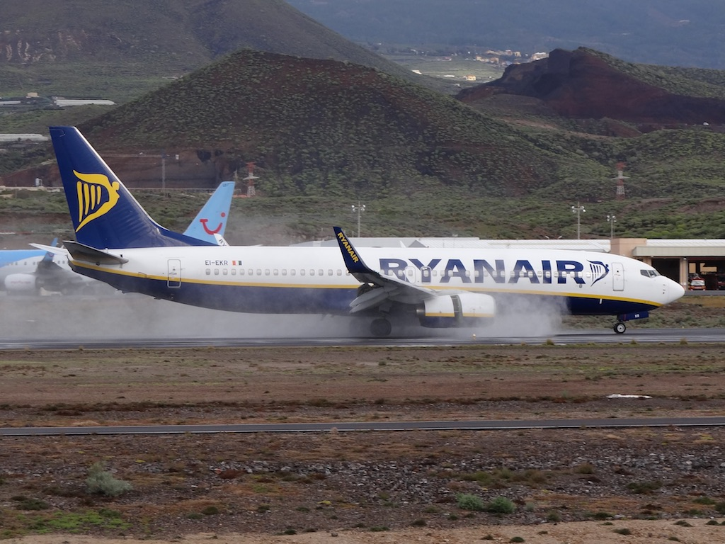 Ryanair bat son record de passagers en 2017 malgré les turbulences