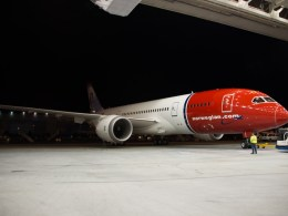 Norwegian_Boeing_787_Dreamliner_photo_Atle_Straume