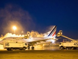 ADP_Paris_Charles_de_Gaulle_degivrage_avion_Air_France