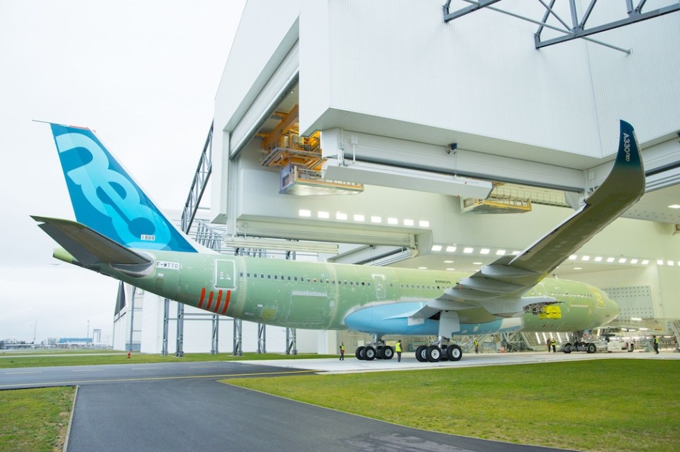 Airbus_A330-800neo-MSN1888-rolls-into-painthall