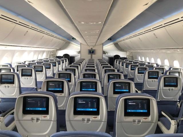 Boeing_787-9_Air_Europa_economie