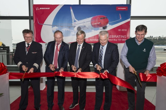 Dernier_Boeing_737-800_Norwegian