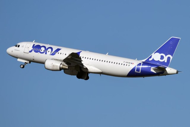 Airbus_A320_Joon