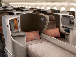 Singapore_Airlines_Boeing_787-10_Business Class