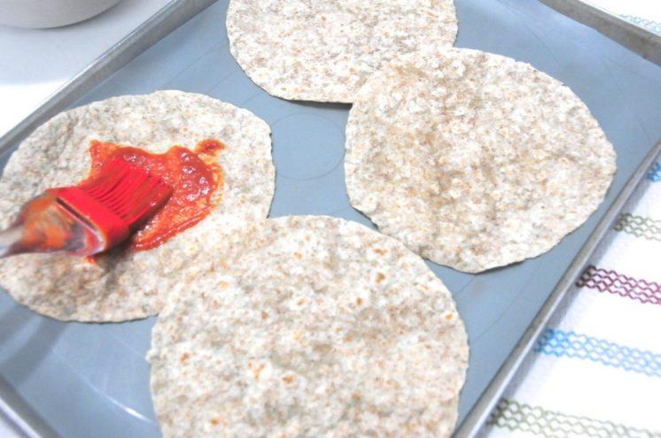 pincelar con salsa de tomate