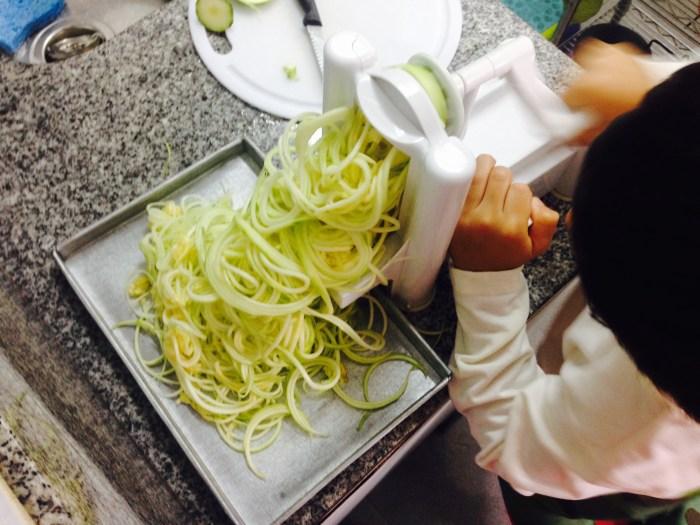 jugosos-spaguettis-con-salsa-de-tomate-sin-gluten