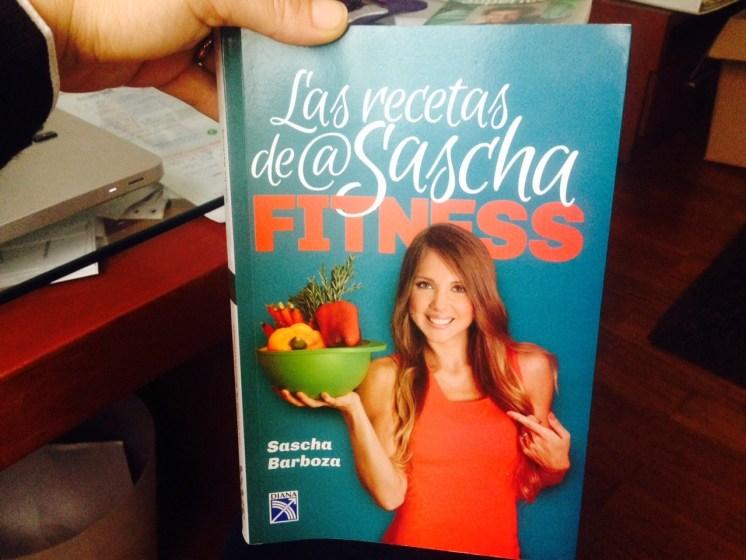 Este es el libro de Sascha, está muy bueno, se los recomiendo!