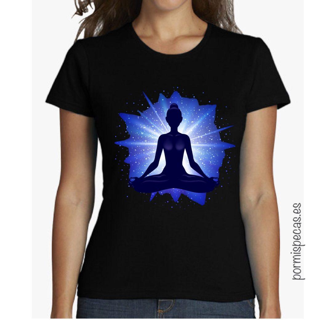 Camiseta chica unisex meditacion yoga iluminacion moda joven camisetas ilustradas imagenes camisetas merchandising camisetas personalizadas