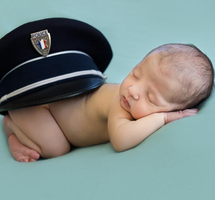 Photographe bébé à La Roque sur Pernes | Photos de naissance à domicile