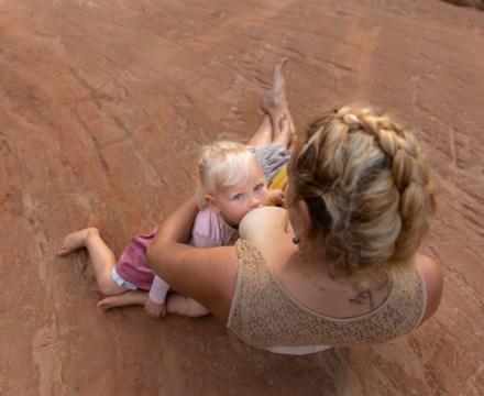 Allaitement maternelle et co-allaitement | Photographe allaitement en Vaucluse