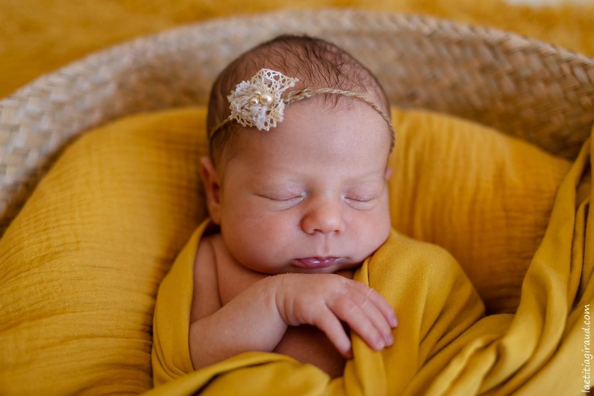 nouveau né pour photo de faire part naissance