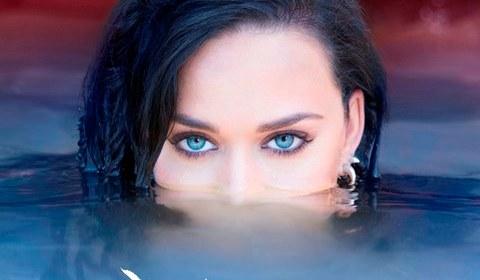 Katy Perry también pone su música