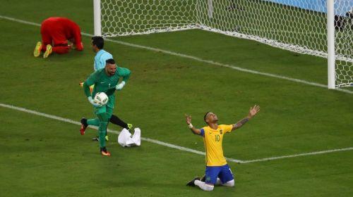 Brasil rompió la maldición en fútbol