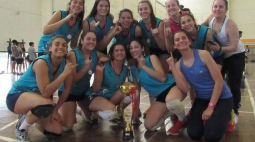 Voley: Universidad campeón invicto en el Argentino de Clubes