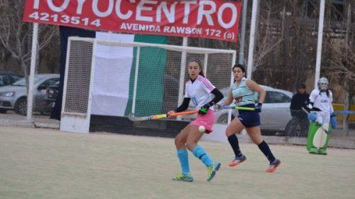 Victoria Del Carril y su primer entrenamiento con la camiseta albiceleste de hockey cesped