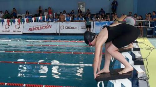 Aluhe Navarro y el gusto que se dio en el 'bautismo' que tuvo en la selección sanjuanina de natación