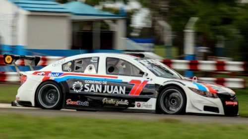 Fabricio Persia cerró el año con un 8vo lugar en Top Race