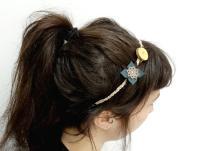 headband-fleur-cuir-et-rondelle-buis-4