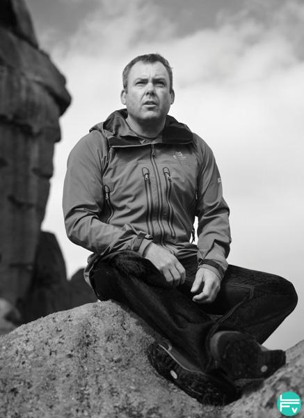 John Dunne, un fort grimpeur anglais des années 80-90, du 9a au compteur et pas franchement un physique de criquet