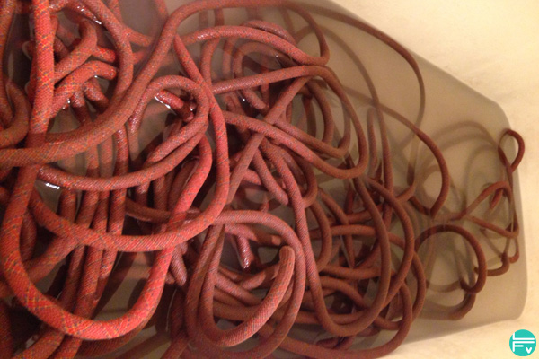 washing-climbing-rope