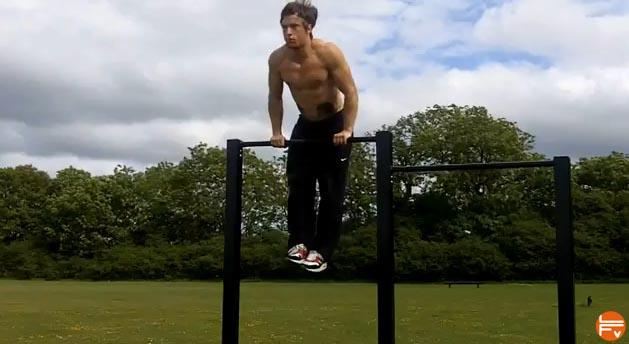 bar-muscule-ups