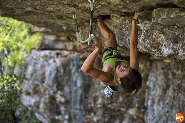how-climb-roof