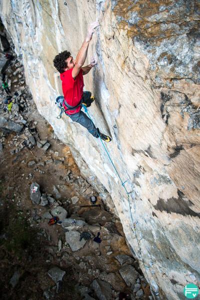 jacopo-larcher-grimpeur-passion-entraînement-escalade-gondo-crack