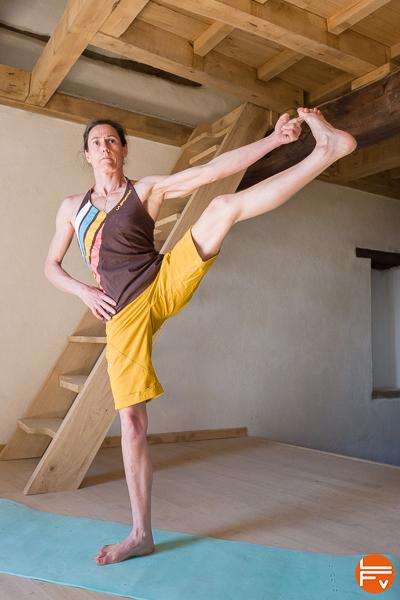 yoga-escalade-progresser-souplesse