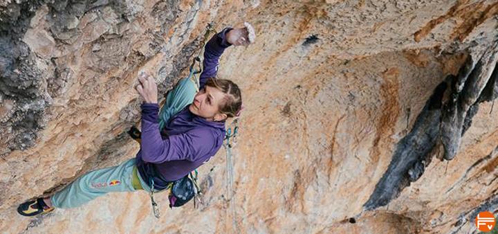 eiter-planta-de-shiva-climbing-first-female-9b