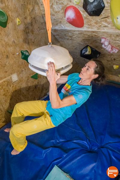 compression-escalade-entrainement-tridoigts-arapiles-climbing-burger-antworks
