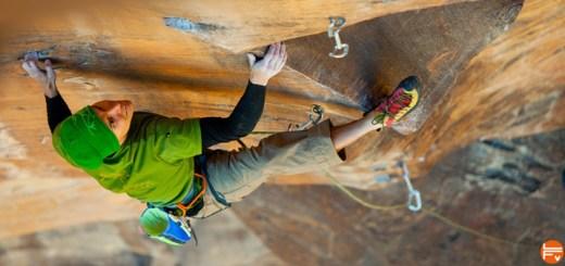 jonathan-sigriest-improve-simply-climbing