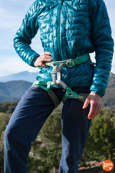 patagonia-micropuff-hoody-review-climbing-harness