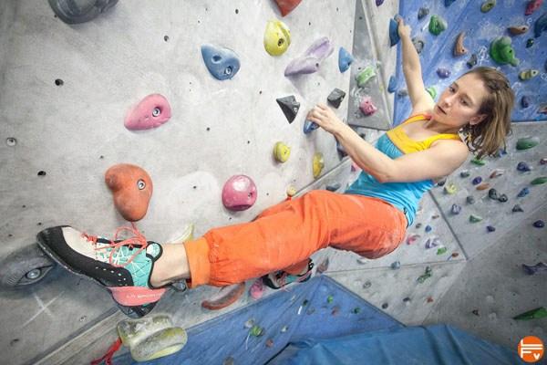 feet-climbing-sensibility