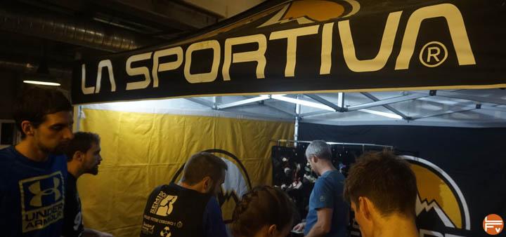 La-Sportiva-tournee-climb-in-gym-chaussons-escalade-salle-bloc-arkose