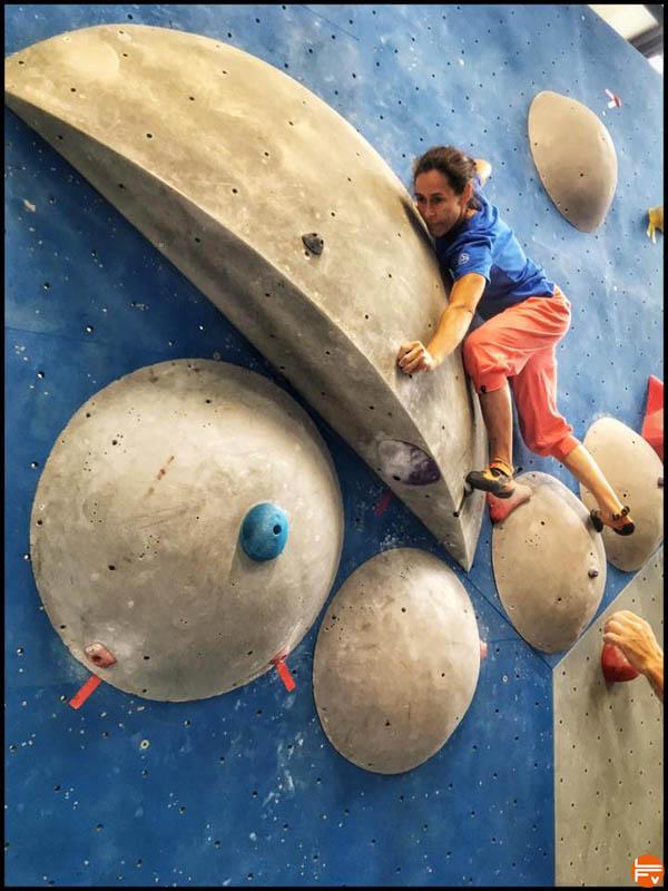 escalade-arkose-blocpark-massy-bloc-test-tour-climb-in-gym-la-sportiva-chaussons-escalade