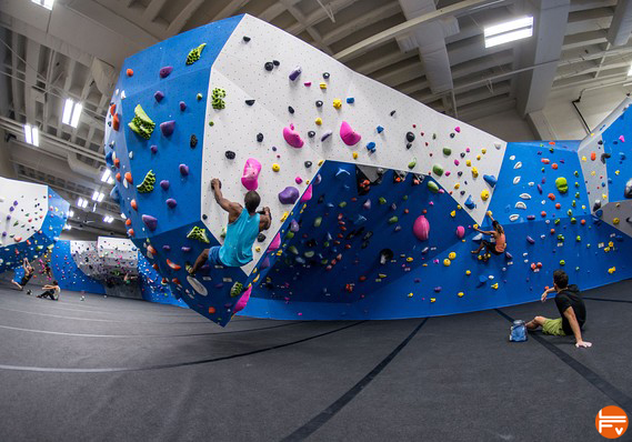 indoor climbing bouldering gym trand sport