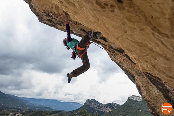 escalade en exterieur grimper en falaise devers