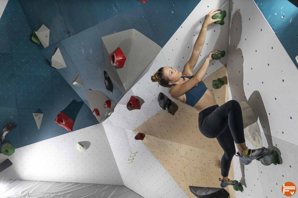 climb up porte italie plus grande salle escalade de france