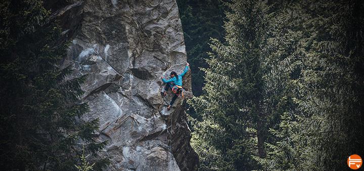 grimper en hiver escalade falaise bloc outdoor exterieur