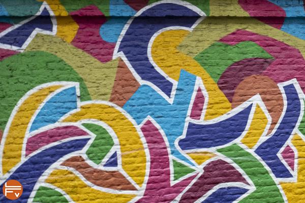 Spray-wall-paint